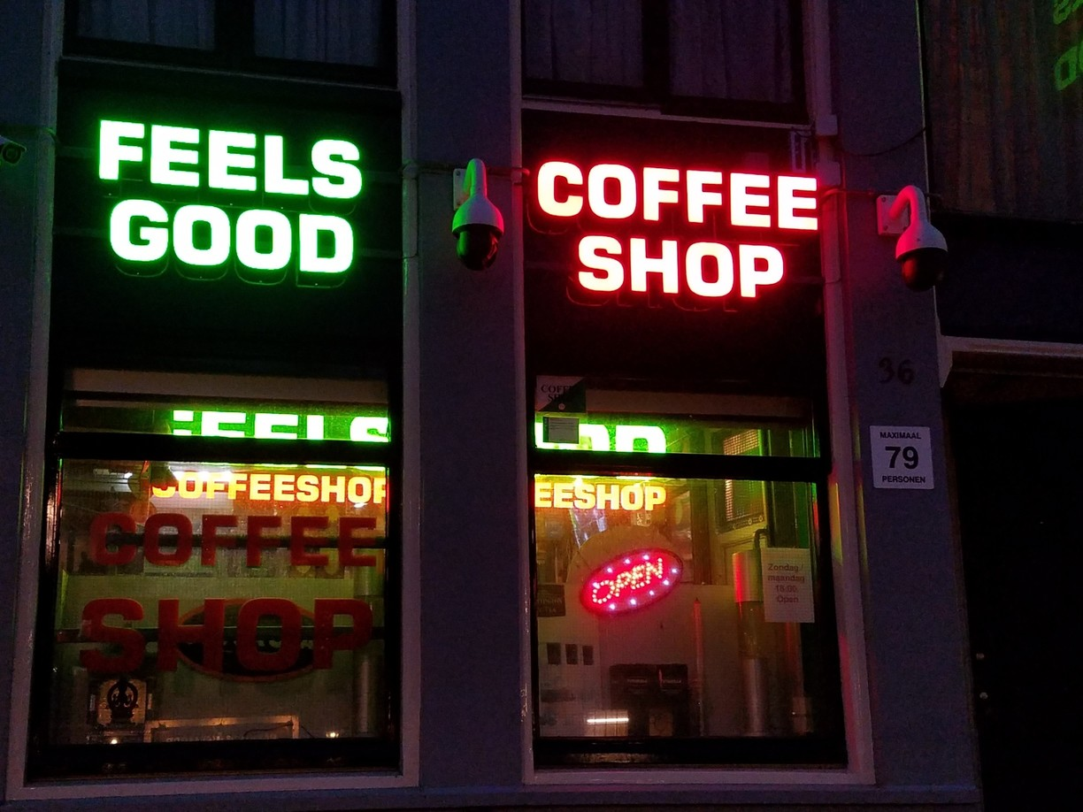 Feels Good Coffeeshop Amsterdam - Weed Recommend