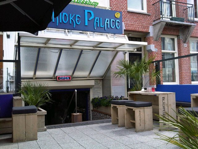 Smoke Palace Coffeeshop Amsterdam - Weed Recommend