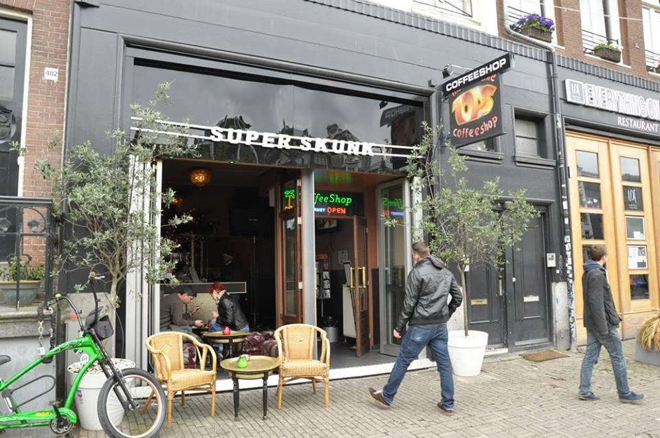 Super Skunk / Tops – Amsterdam