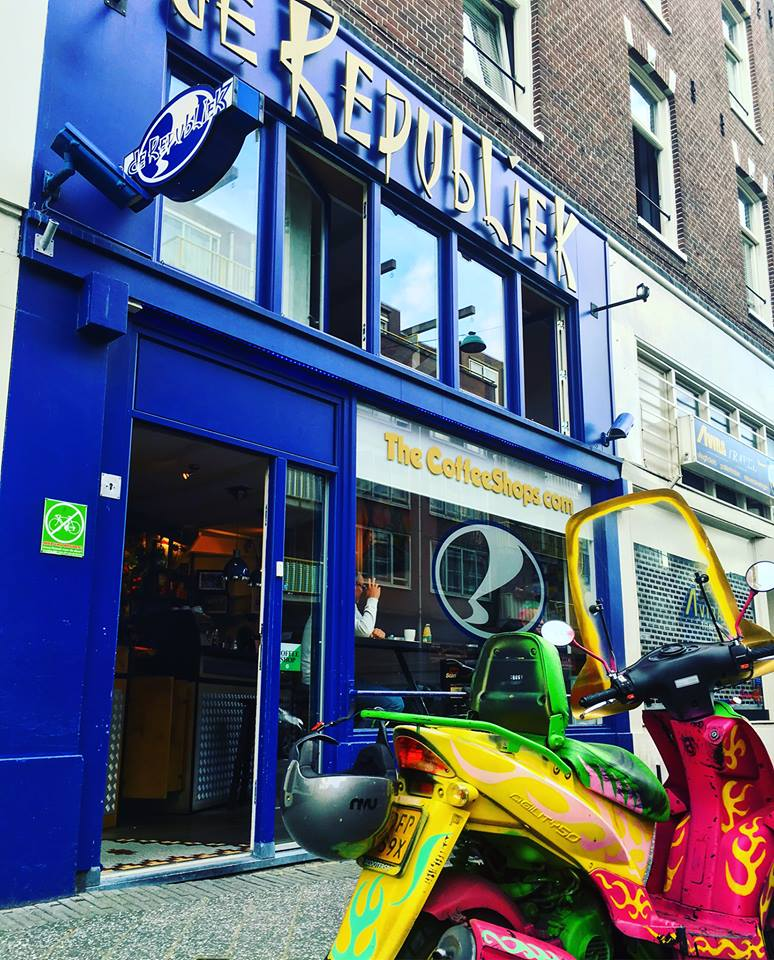 de Republiek Coffeeshop Amsterdam - Weed Recommend